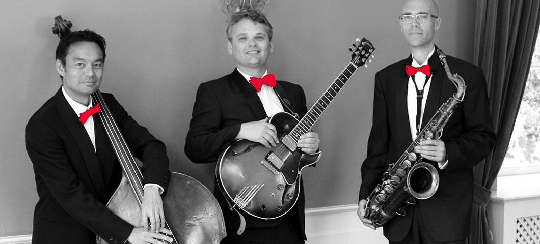Merry-Jazzmas-Trio