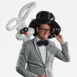 ballonkunstenaar-Justin-Vliegenthart-boeken