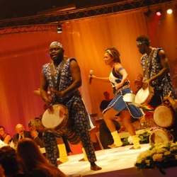 afrikaanse percussiegroep mam bambe boeken